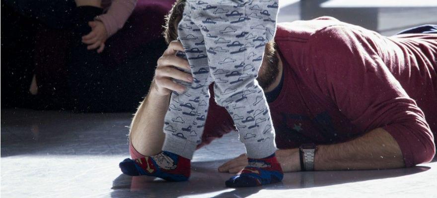 Taller de movimiento creativo para bebés en familia