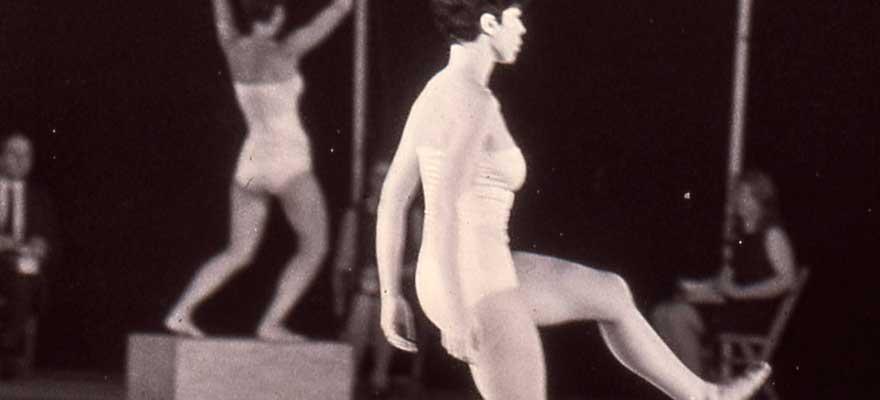 Proyección de la película 'La danza posmoderna'
