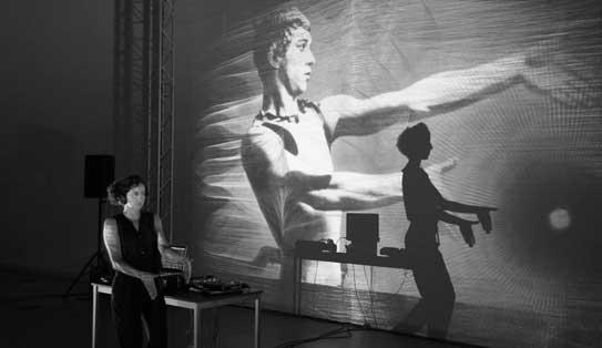 amaranta velarde en el museo reina sofía