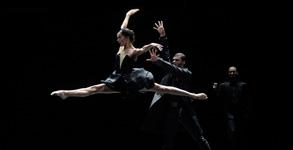 le lac des cygnes ballet preljocaj